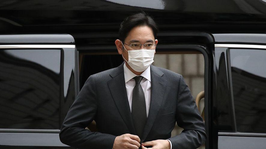 Wiceprezes Samsunga wraca do więzienia (fot. Getty Images)