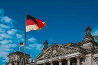 Niemcy zablokowali polską grę, czyli bzdury wokół premiery Land of War - Niemcy; Bundestag; Berlin