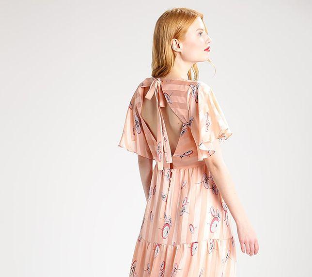 Długa sukienka na lato pozwala zakryć niedoskonałości figury