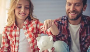 Istnieje kilka sposobów na to, jak nauczyć się oszczędzać, zawsze jednak najlepiej jest zacząć od rozpisania budżetu domowego