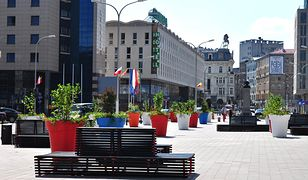Plac Powstańców Warszawy gotowy! {ZDJĘCIA]