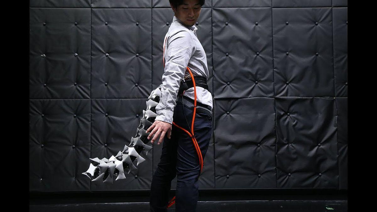 Mechaniczny ogon, który zwiększy twoje zdolności ruchowe