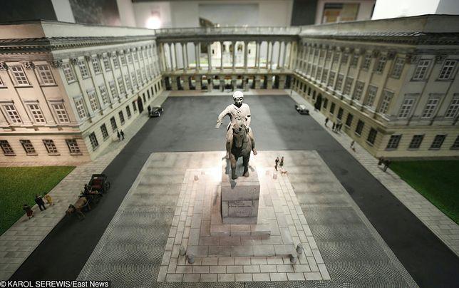 Konserwator chce odbudować Pałac Saski. Kolejny pomysł na pl. Piłsudskiego