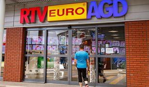W RTV Euro AGD nie chcieli sprzedać chłopcu słuchawek do gry, bez zgody rodziców. Co na to prawo?