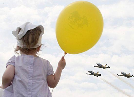 Piknik lotniczy w Góraszce znów przyciągnął tłumy widzów