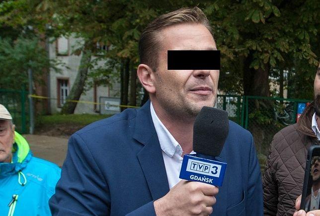 Łukasz S. jest reporterem TVP Gdańsk