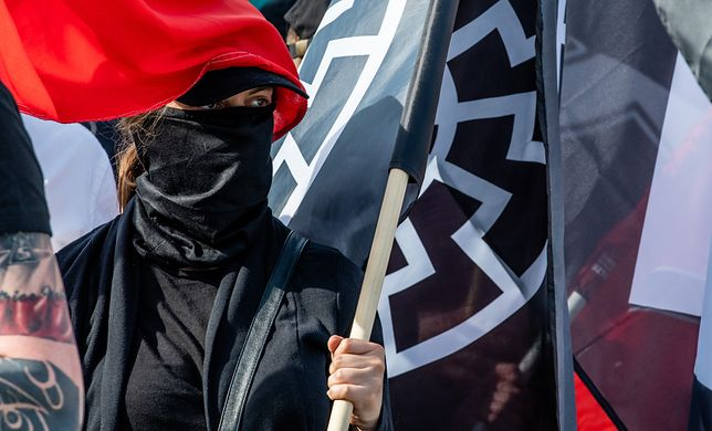 """""""Szturmowcy"""" to skrajnie prawicowa bojówka"""