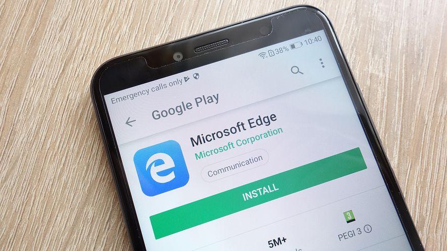 Mobilny Edge oceniany jest lepiej niż Chrome (depositphotos)