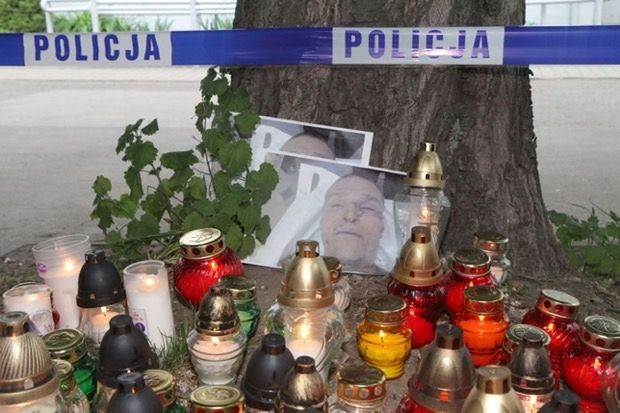 Policjanci widzieli nagrania z komisariatu już dwa tygodnie po śmierci Stachowiaka
