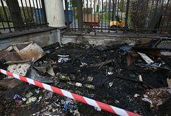 Marsz Niepodległości. Umorzono śledztwo ws. podpalenia budki przy ambasadzie Rosji