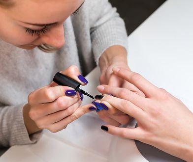 Stylistki paznokci nie narzekają na brak pracy. Raczej na brak kultury klientek.