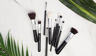 Sprawdź, jak pozbyć się bakterii i resztek produktów z pędzli do makijażu