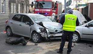 Wypadki drogowe jedną z najczęstszych przyczyn śmierci Polaków. Koszty dla gospodarki to już 50 mld zł rocznie