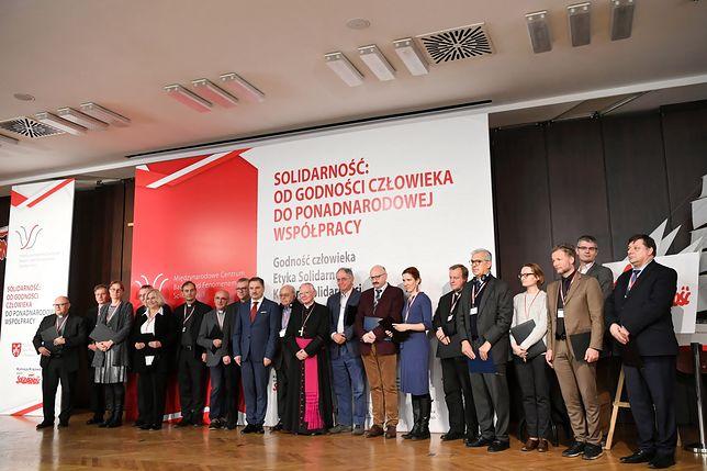 """Konferencja """"Solidarność: od godności człowieka do ponadnarodowej współpracy"""""""