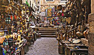 Bazar Czarownic i Pajęcza Wioska, czyli 6 niezwykłych targowisk świata