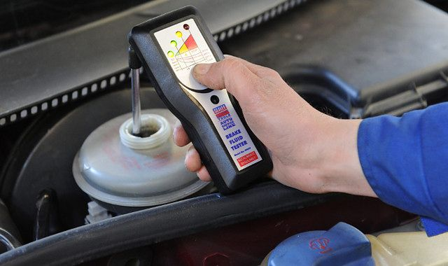 Przegląd techniczny: właściciele starszych aut na cenzurowanym?