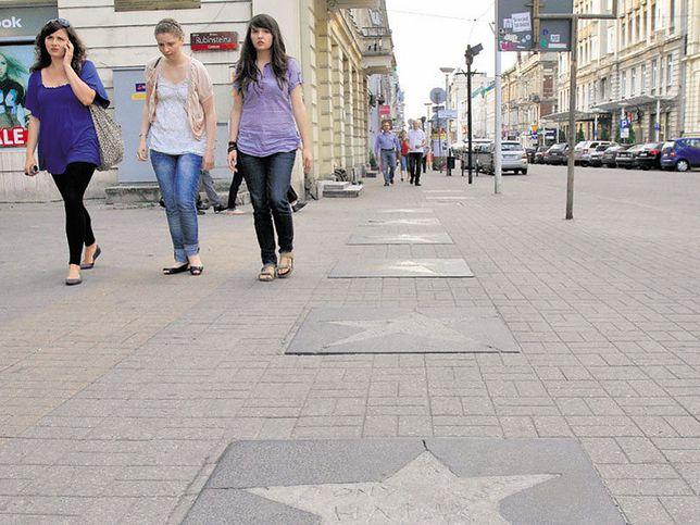 W Alei Sławy od pół roku brakuje czterech gwiazd