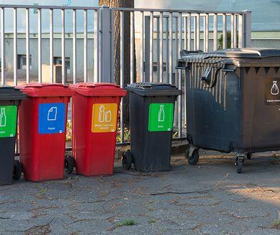 Warszawa. Miasto przestanie odbierać odpady z lokali niezamieszkałych