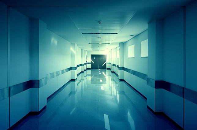 Mężczyzna zmarł przed szpitalem