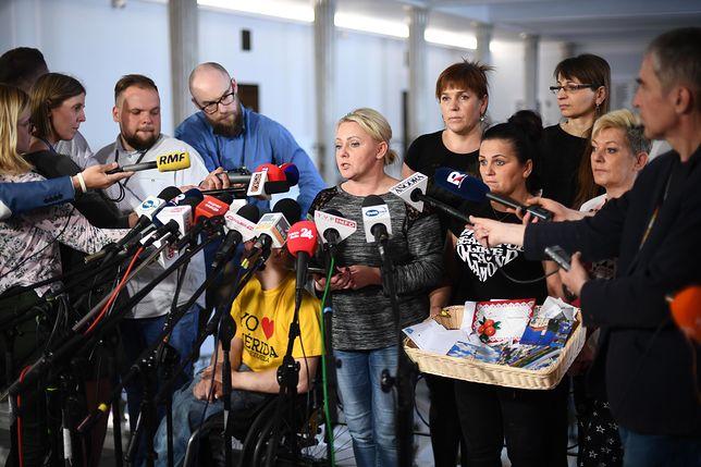 Protest niepełnosprawnych w Sejmie trwa już ponad miesiąc