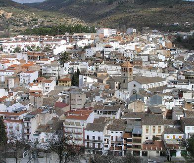 Beas de Segura to nazwa liczącego 6 tys. mieszkańców miasteczka i gminy w Hiszpanii, w prowincji Jaén, w Andaluzji