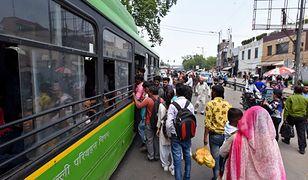 Władze Delhi chcą zapewnić kobietom darmowy transport publiczny
