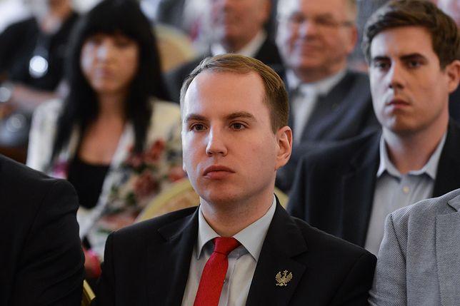 Adam Andruszkiewicz i afera z fałszowaniem podpisów. Nowe fakty ws. prokuratorów