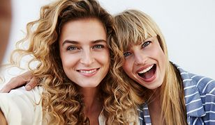 Fryzury blond. Jak powinny czesać się panie o jasnych włosach?