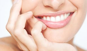 Wybielanie zębów – metody domowe i profesjonalne. Jak utrzymać efekt?