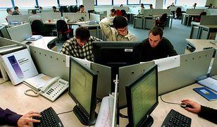 9 praktycznych gadżetów i aplikacji, które ułatwią codzienną pracę (i życie) w biurze