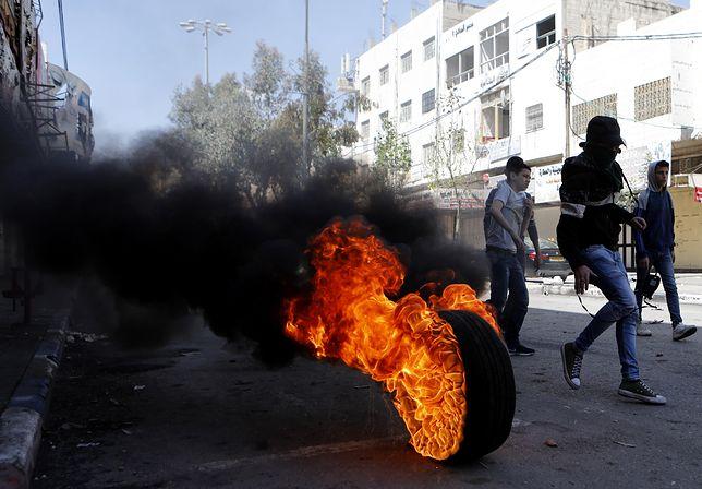 W Strefie Gazy i Jerozolimie Wschodniej szkoły, instytucje publiczne oraz sklepy prywatne pozostają zamknięte