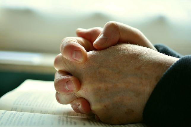 W Kalifornii będzie można się modlić w domach