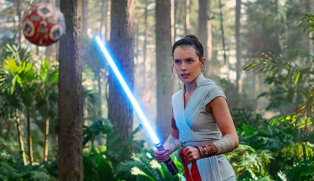 """""""Gwiezdne wojny: Skywalker. Odrodzenie"""" to ostatni epizod sagi, która rozpoczęła się 42 lata temu"""
