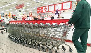 Dyskonty tak, supermarkety już nie. Polacy zmieniają przyzwyczajenia