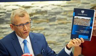"""Prezes NIK Krzysztof Kwiatkowski uważa, że """"zgierski Czarnobyl"""" zagraża życiu i zdrowiu mieszkańców"""