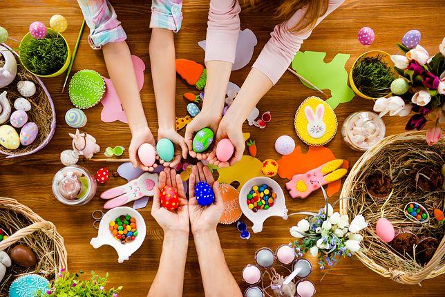 Wielkanoc 2019 – najładniejsze życzenia oraz wierszyki wielkanocne. Śmieszne i poważne wiadomości, idealne do wysłania najbliższym