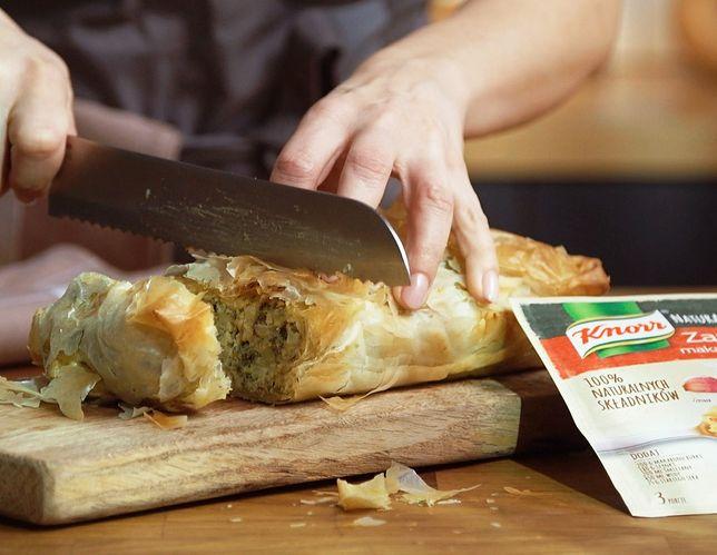 Chrupiący strudel z serem i brokułami