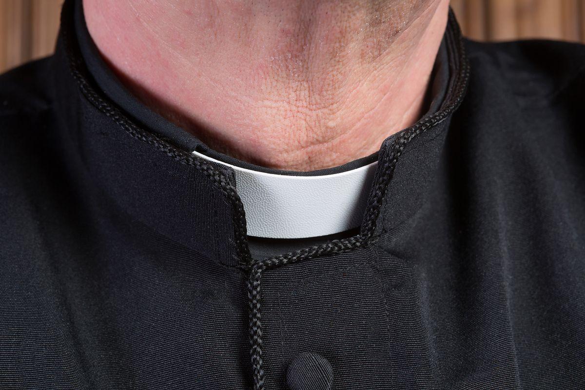 Krzysztof L. miał odurzyć i wykorzystać 16-latka. Zostanie usunięty z kapłaństwa