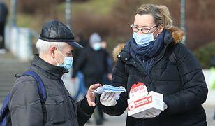Koronawirus w Polsce. Mandat za maseczki niezgodny z prawem? Sędziowie odpowiadają