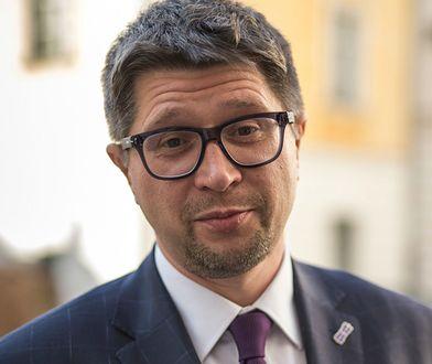 Były sędzia Wojciech Łączewski uważa, że postawienie mu zarzutów to zemsta upolitycznionej prokuratury.
