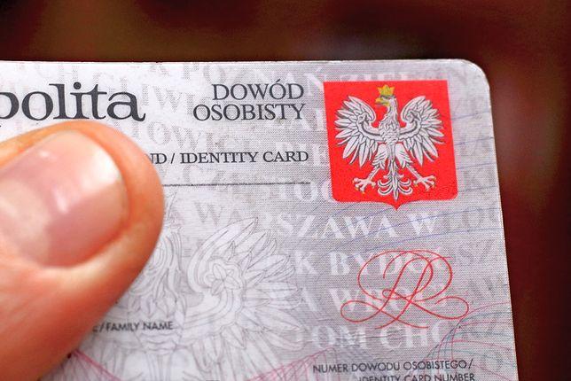 Posługiwanie się nieaktualnym dowodem jest zagrożone karą do 5 tys. zł