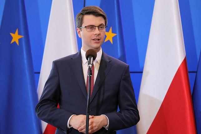 Zdaniem rzecznika rządu Piotra Muellera lepiej, gdyby prezydent skierował nowelizację Kodeksu karnego do Trybunału Konstytucyjnego
