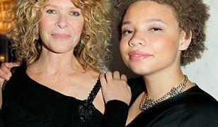 Mikaela Spielberg z mamą