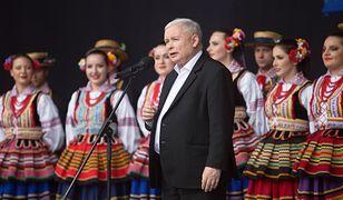 """Żakowski: """"Jak pokochaliśmy Jarosława Kaczyńskiego"""" (Opinia)"""