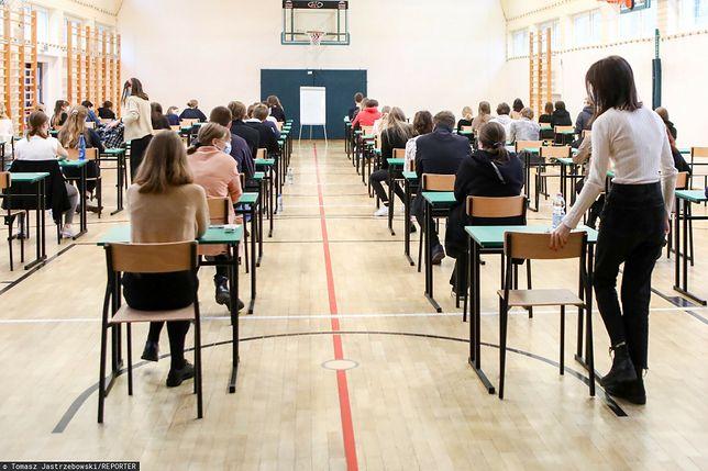 Kiedy i w jakiej formie odbędą się matury oraz egzaminy ósmoklasisty w 2021 r.? Tę kwestię poruszył w piątek Andrzej Duda/ Zdjęcie ilustracyjne