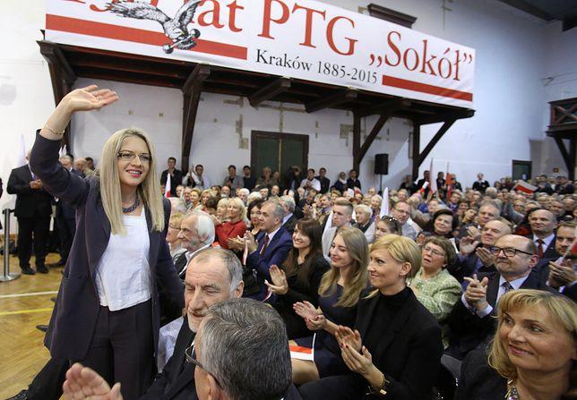 Małgorzata Wassermann, spotkanie z wyborcami. Na pierwszym planie ojciec prezydenta Andrzeja Dudy.