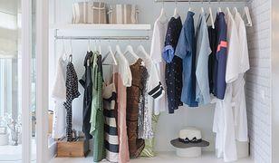 Garderoba na poddaszu może być połączona z sypialną lub zajmować oddzielne pomieszczenie