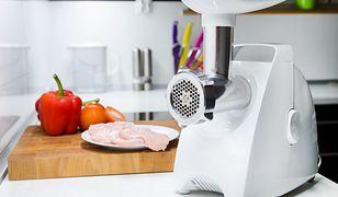 Maszynka do mielenia przyda się podczas przygotowywania wielu posiłków