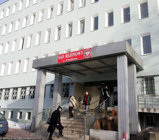 Sędzia Sądu Rejonowego w Pruszkowie chciała, by adwokat zdradził jej tajemnicę zawodową