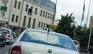 Zarobki taksówkarzy kontra zarobki kierowcy Ubera